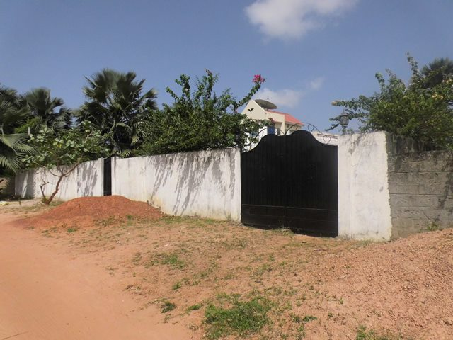 Unfurnished House for Sale