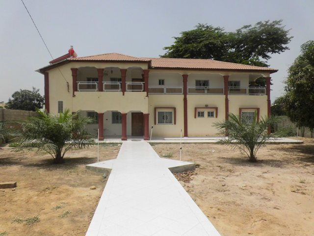 A nice furnished 5bedrooms storey hosue