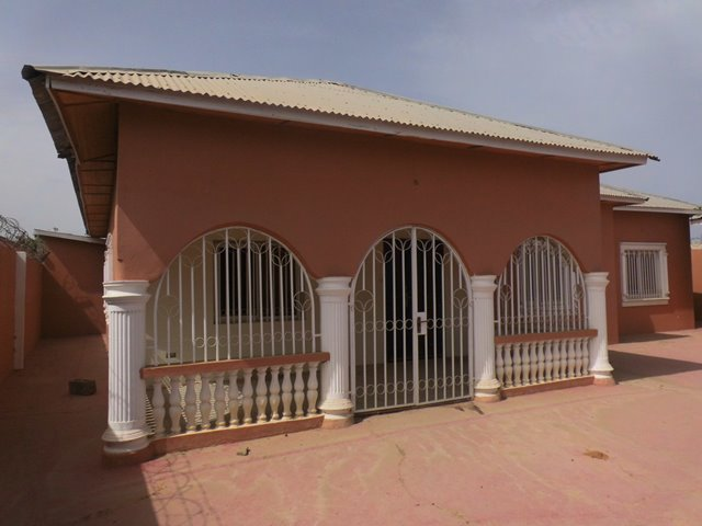 Unfurnished Bungalow to let