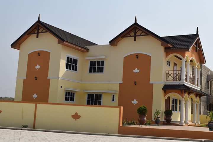 Paradise Estate