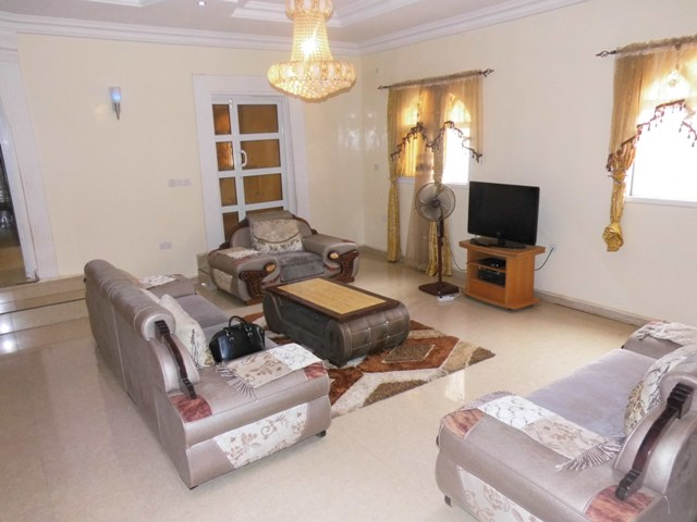 Lovely 2bedrooms apartment located in Salaji