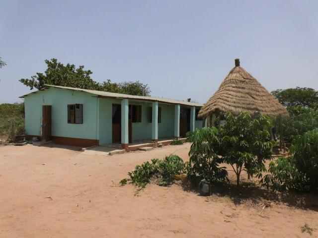 A Suitable and comfortable big 2 bedroom house at Siffoe Village
