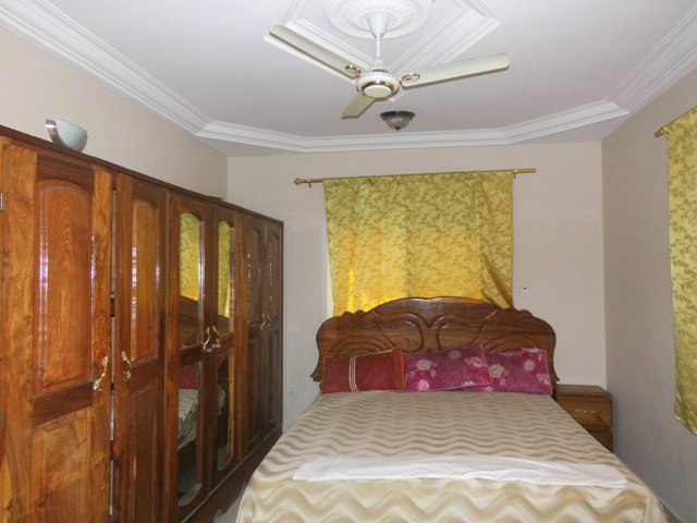3 bedrooms furnished Paradise Estate