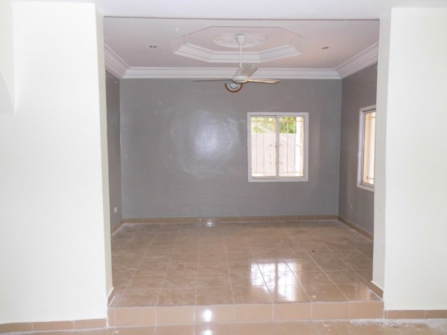 A lovely 6 Bedrooms house in Sukuta