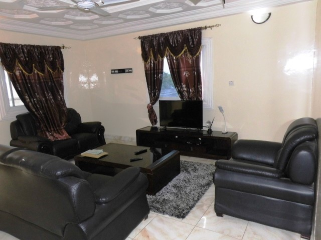 5 Bedroom Fully furnished house with a Bantaba located in Sukuta