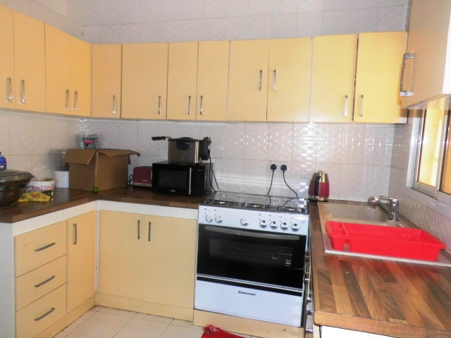 Fully Furnished 3 bedroom at Yaram Bamba with a Swimming Pool