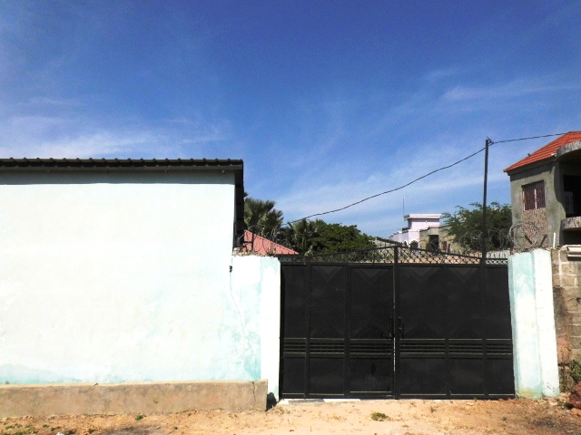 Spacious3 Bedroomfull compound witha 3 bedroom boys quarters