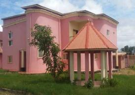 A beautiful furnished 5 bedroom house at old yundum yarambamba