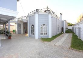 3 bedrooms furnished Bungalow located in Bijilo for rent