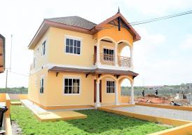 KIWI HOUSE 3 bedroom house in BARAKAH estate (Bakoteh)