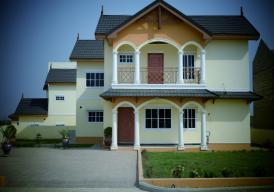 BAOBAB HOUSE 4 bedroom house in BARAKAH estate (Bakoteh)