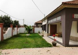 Makati Furnished 3 bedroom and 3 bathroom property